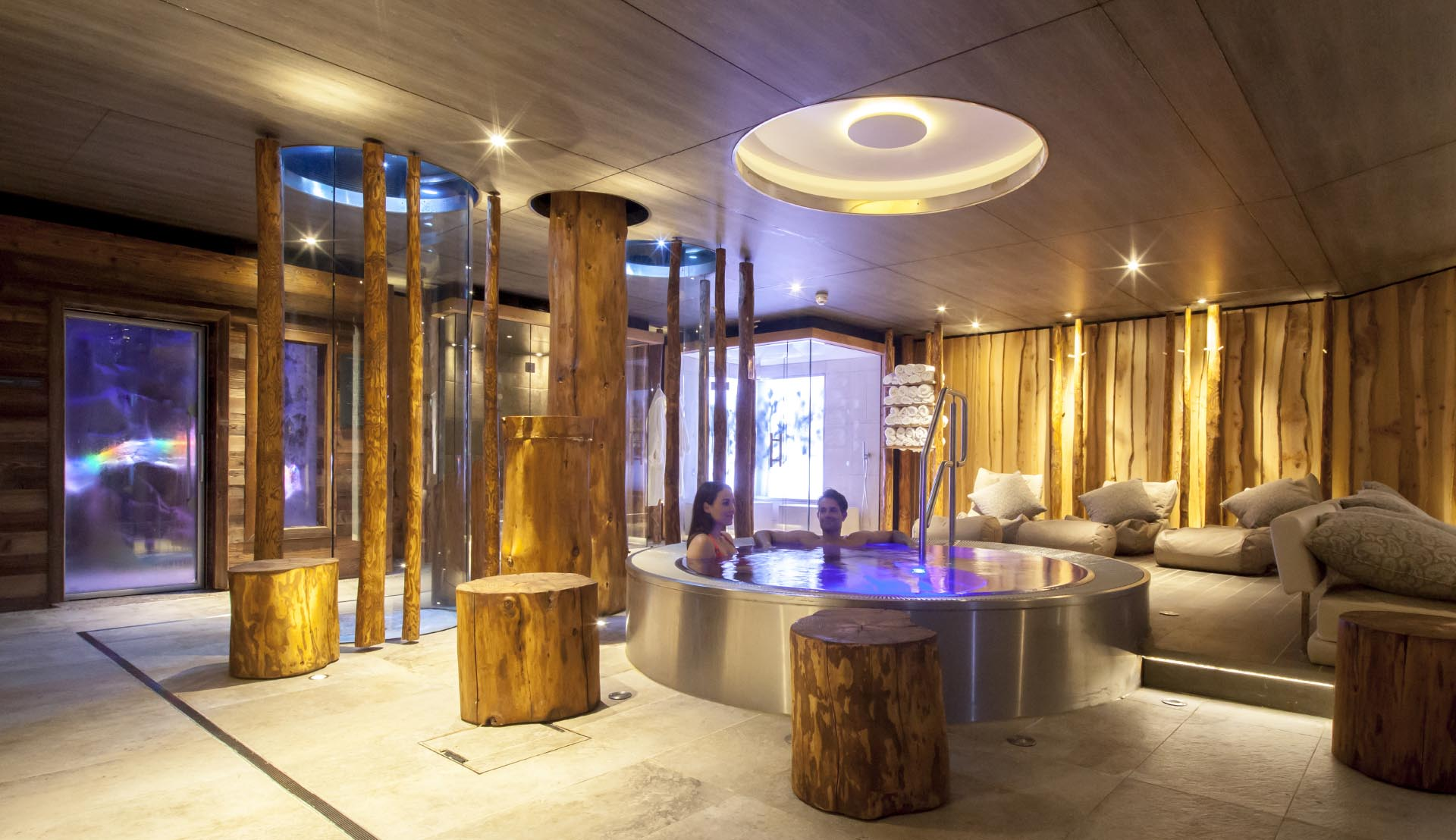 Champneys-Forest-Mere-Spa-Design-Jacuzzi