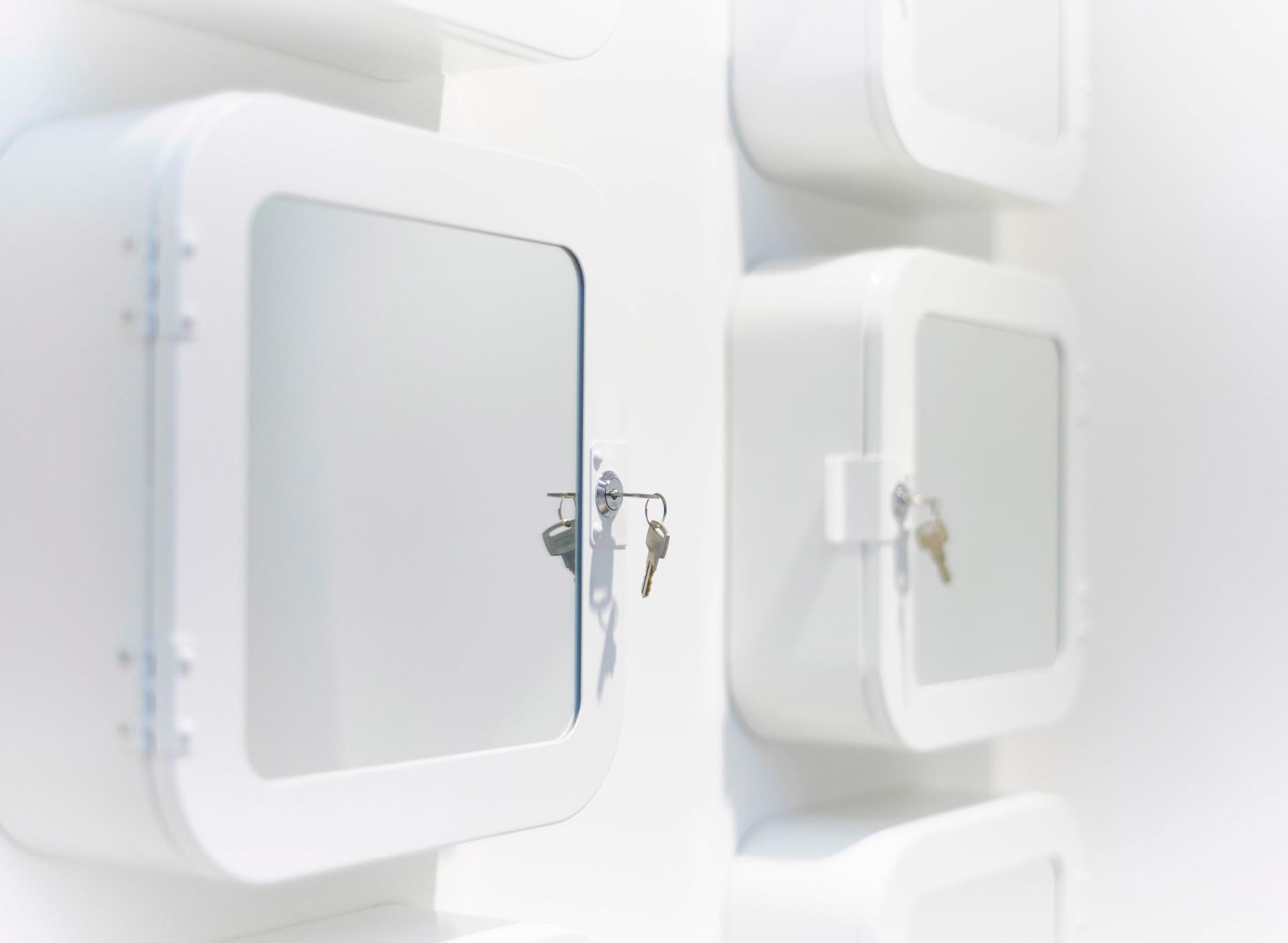 Champneys-Tring-Spa-Design-Changing-Lockers