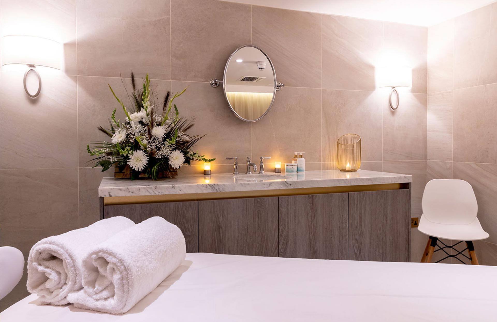 Butterscotch-Spa-designers-Champneys-Henlow-spa-treatment-room
